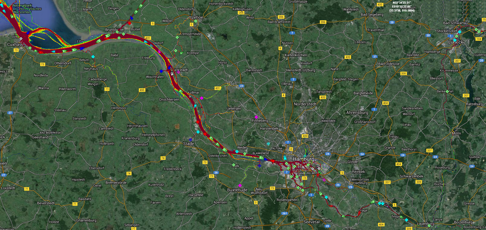 Live Marine Traffic, Density Map and Current Position of ships in ELBE RIVER